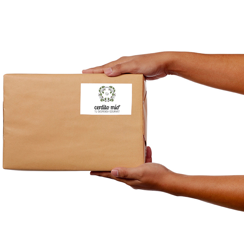Caja con logotipo Cerdito Mío